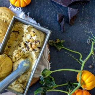 2017 09 untitled shoot 0001 320x320 - Pumpkin Chocolate Chip Cookie Ice Cream