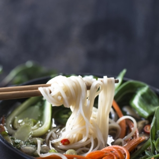untitled 1 1 320x320 - Simple Vegetable Pho
