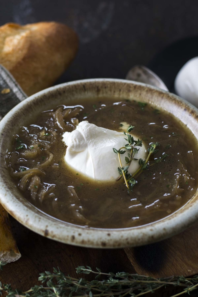 untitled 4 683x1024 - Crockpot Burrata French Onion Soup