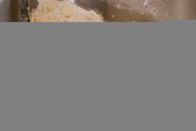 7 5 - Lemon Curd and White Chocolate Lemon Scones