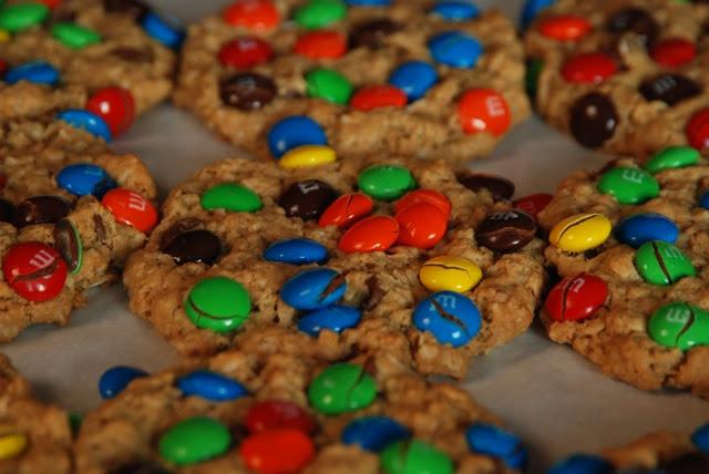 monster cookies compressed16 - Monster Cookies