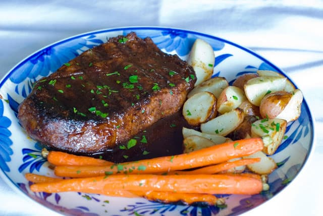 29 2 - Ancho Chile Rubbed Steaks with Cuban Sauce