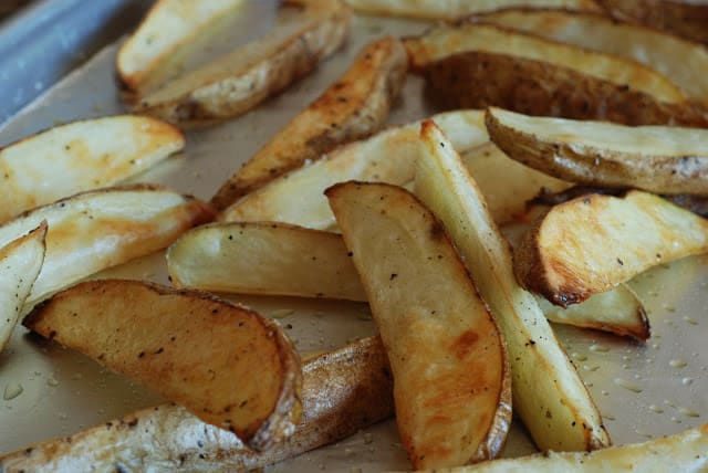 20 3 - Roasted Potato Wedges with Kicked Up Fry Sauce