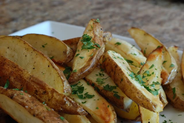21 3 - Roasted Potato Wedges with Kicked Up Fry Sauce