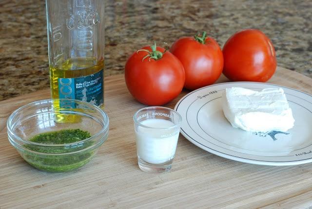 24 4 - Fresh Tomato and Basil Tart