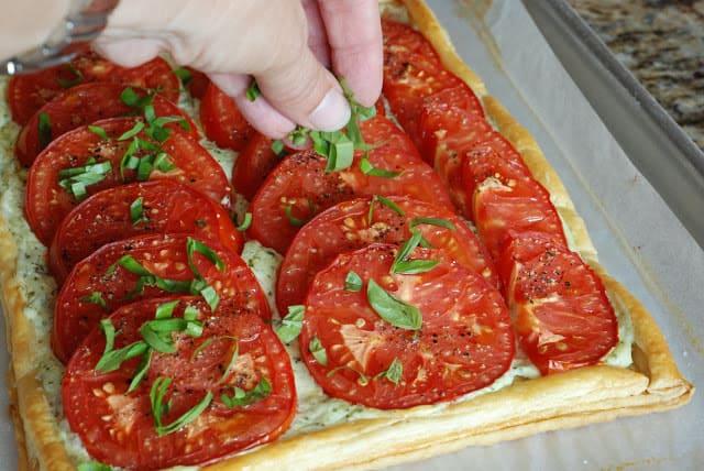 50 1 - Fresh Tomato and Basil Tart