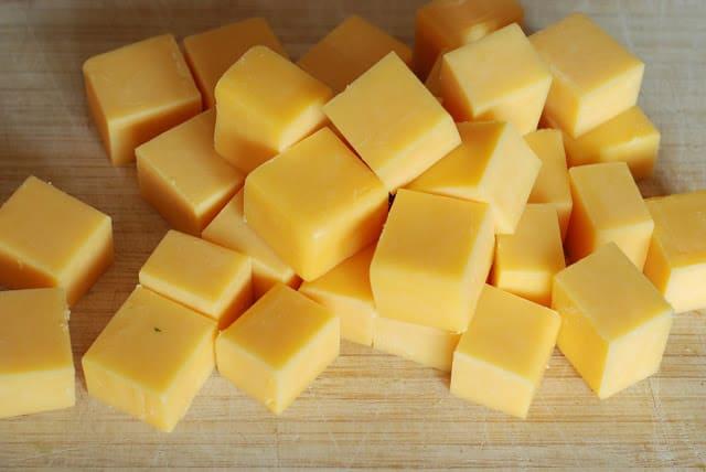 40 - Cheddar Cheese Rolls