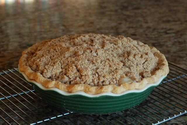 34 1 - Apple Sour Cream Pie
