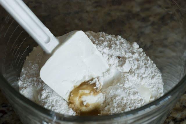9 3 - Apple Sour Cream Pie