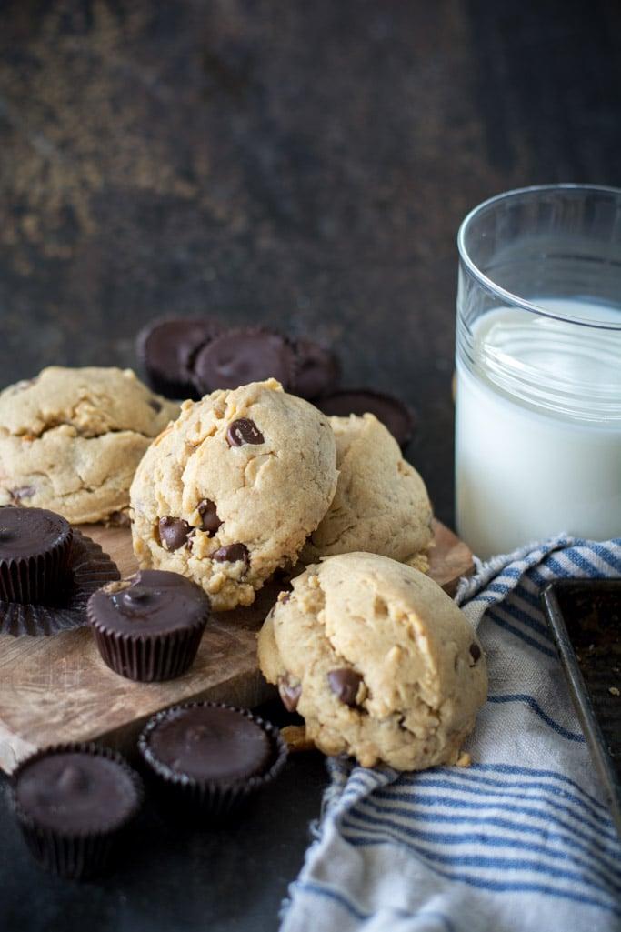 DSC 0716 - Peanut Butter Blowout Cookies