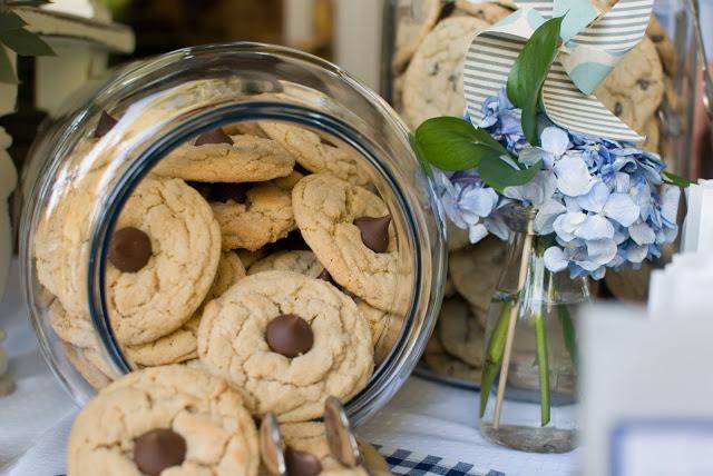 12 - Cookies & Milk