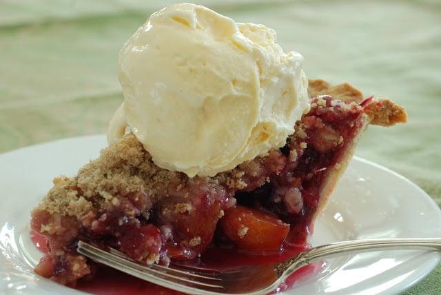 Cranberry Peach Pie 042 - Thanksgiving Dinner