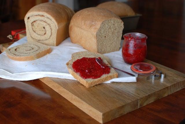 1a 1 - Whole Wheat Cinnamon Swirl Bread