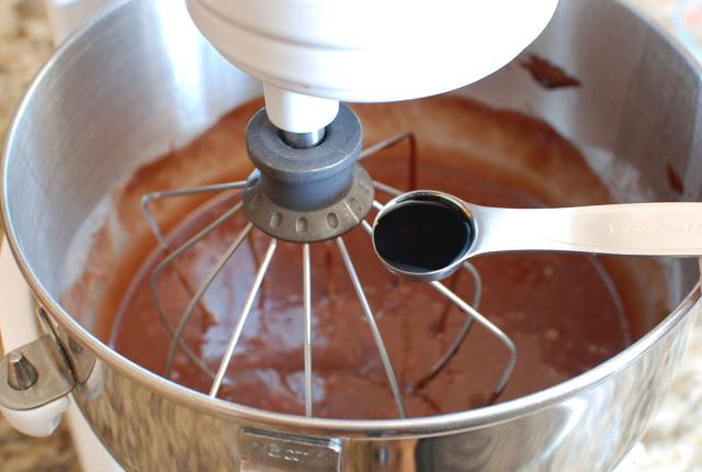 32 1 - Chocolate Hazelnut Gelato Cake