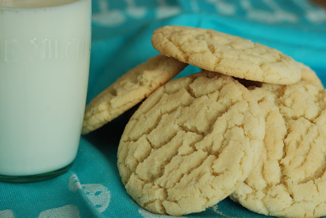 cracked sugar cookies - Picnic Perfect Ideas