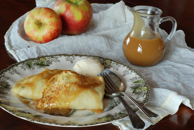 1 6 - Apple Crepes with Caramel Sauce