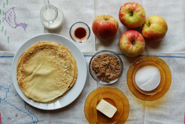 3 1 - Apple Crepes with Caramel Sauce
