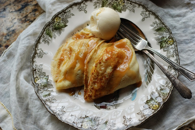 37 1 - Apple Crepes with Caramel Sauce