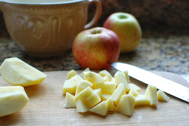 8a - Apple Crepes with Caramel Sauce
