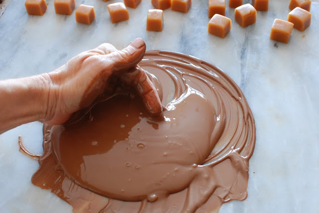 29 1 - Caramels, Hand Dipped Chocolates and Chocolates Giveaway
