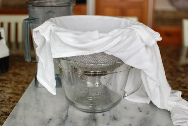 10 5 - Quick Homemade Almond Milk