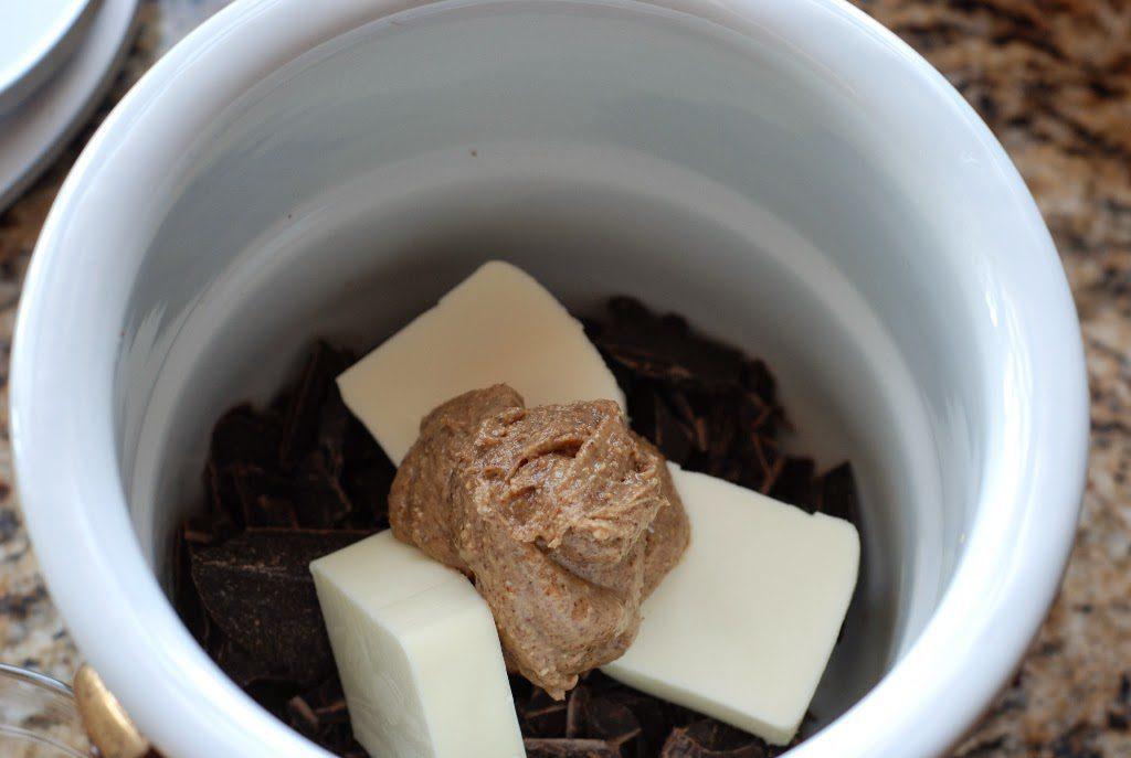 4 1024x687 - Chocolate Flourless Cakes