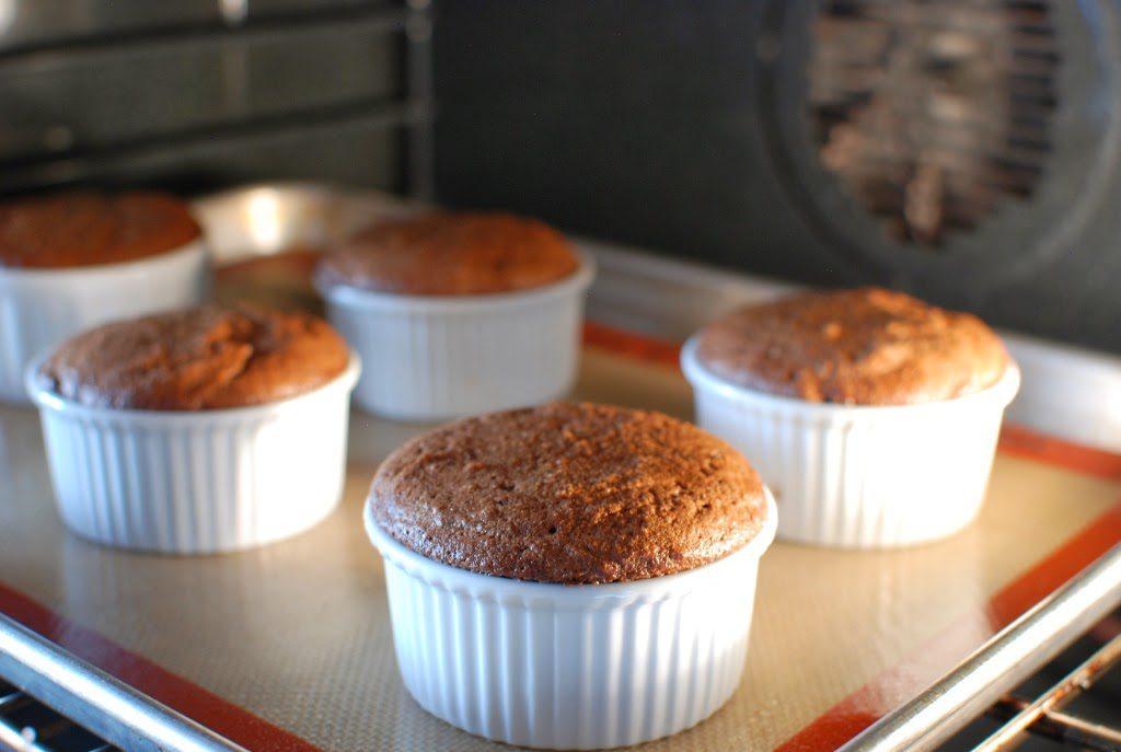40 1024x687 - Chocolate Flourless Cakes