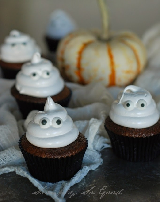 Ghostcupcakeswithboiledicing055 - Ghostly Cupcakes and a recipe for Boiled Icing
