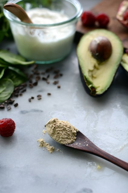 5 - Avocado Smoothie Bowl with Pomegranate and Cocoa Nibs