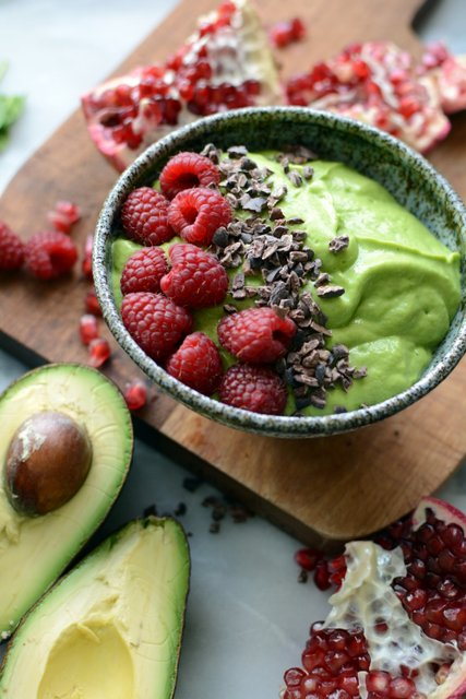 9 - Avocado Smoothie Bowl with Pomegranate and Cocoa Nibs