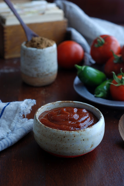 ketchup in bowl with tomatoes and peppers