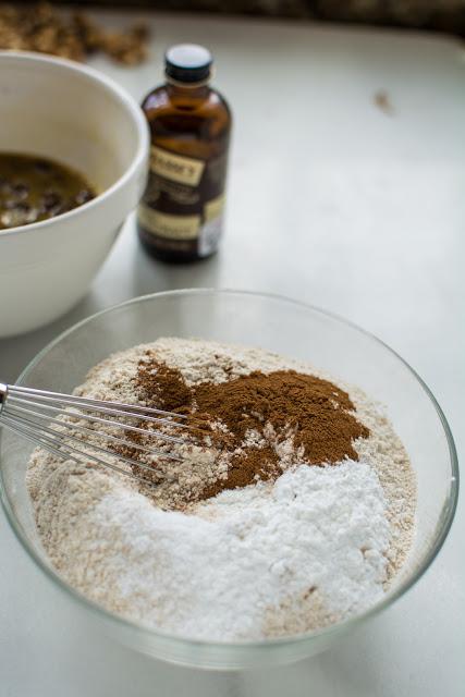 DSC 0054 - Old-Fashioned Oatmeal Raisin Cookies