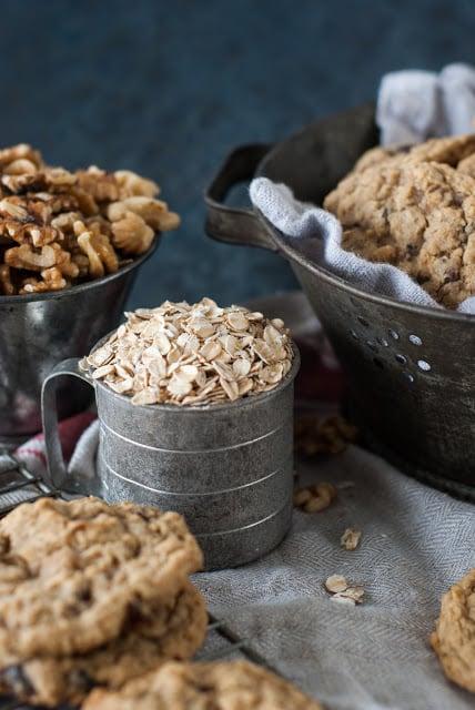 DSC 9326 - Old-Fashioned Oatmeal Raisin Cookies