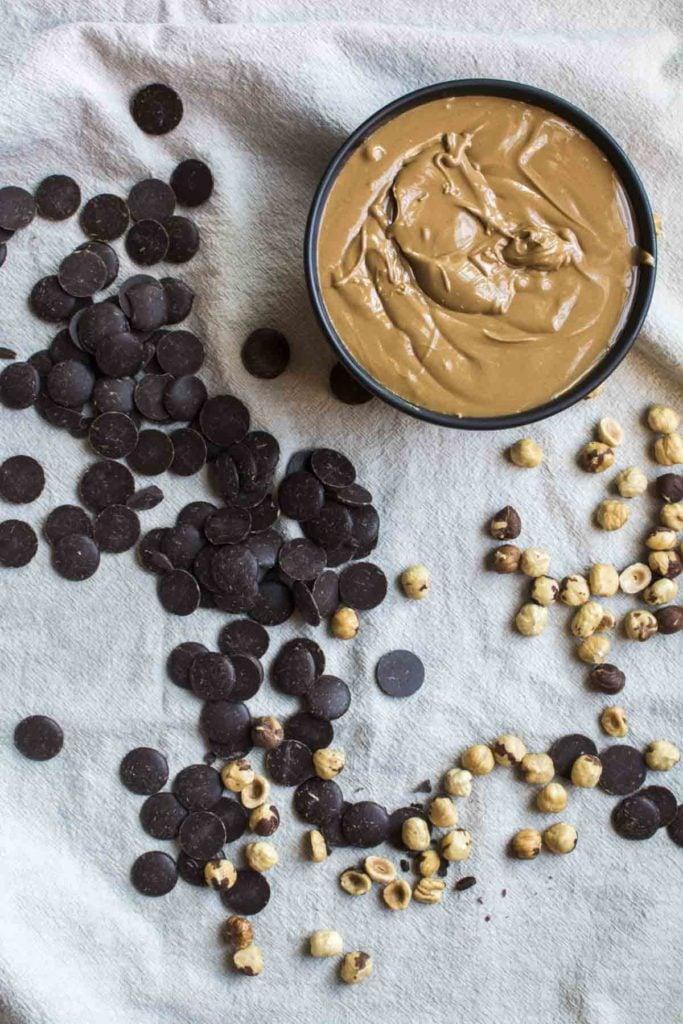untitled 1 1 683x1024 - Praline Gianduja - Chocolate Hazelnut Candy